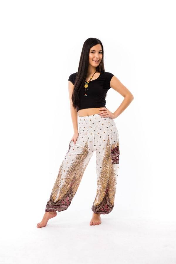5d0a4e0c57 Női nadrág fehér pávatollas - Mandala.hu - Nagykereskedelem és webáruház